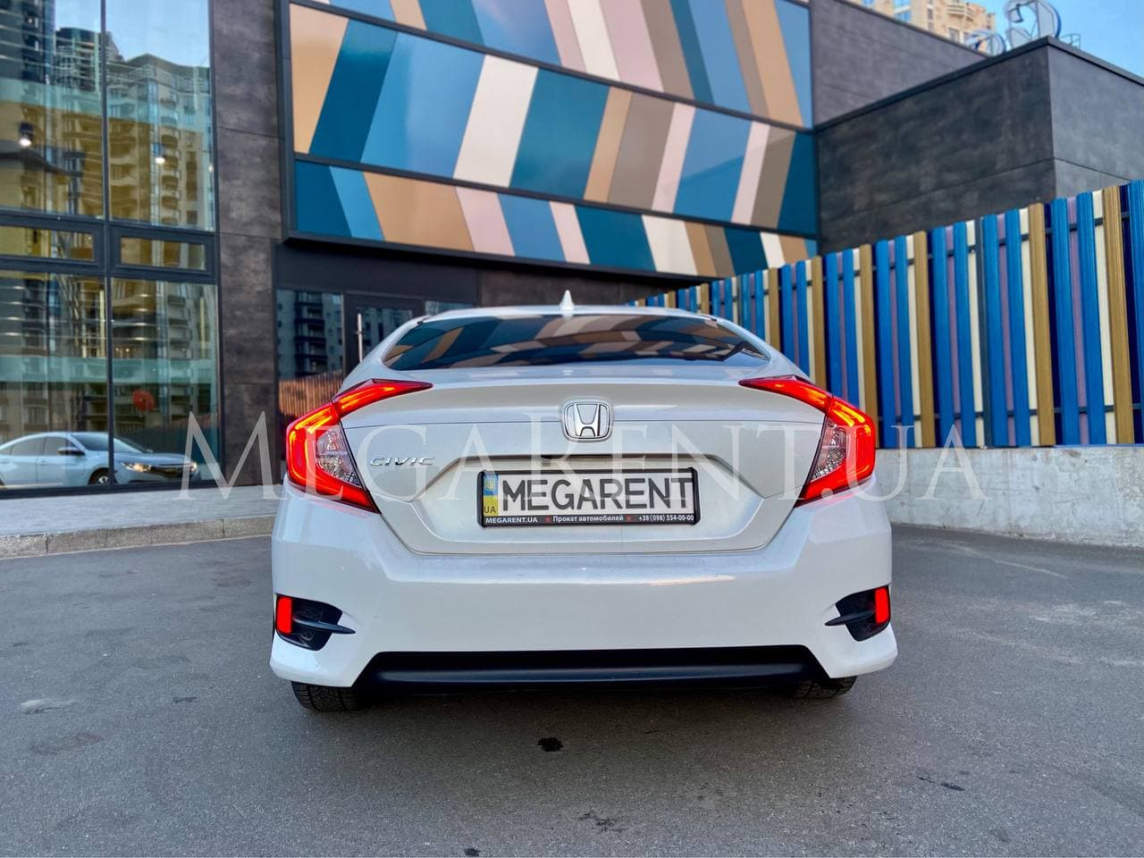 Прокат авто Honda Civic 2017 в Киеве - фото 4