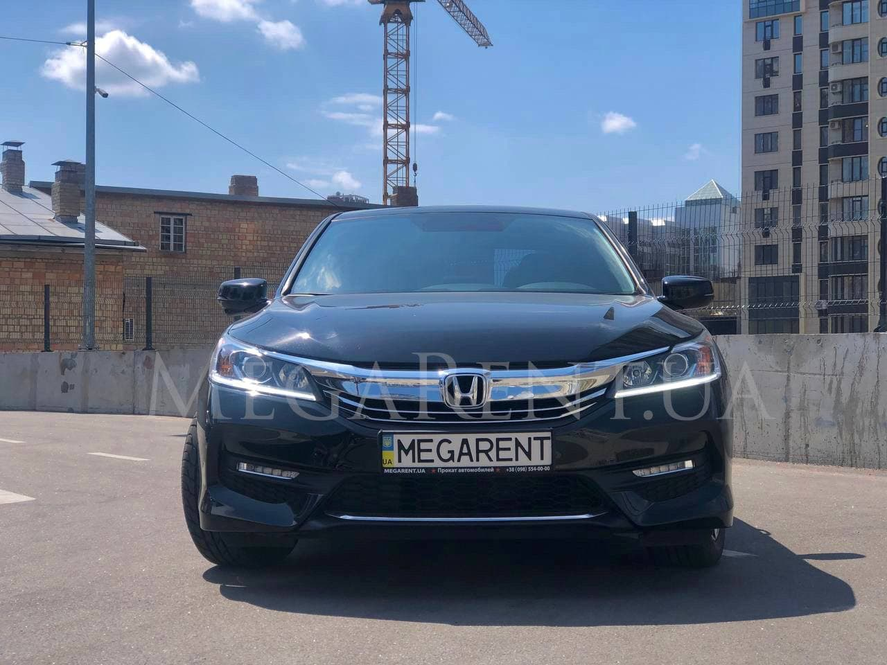 Прокат авто Honda Accord 2017 в Киеве - фото 3