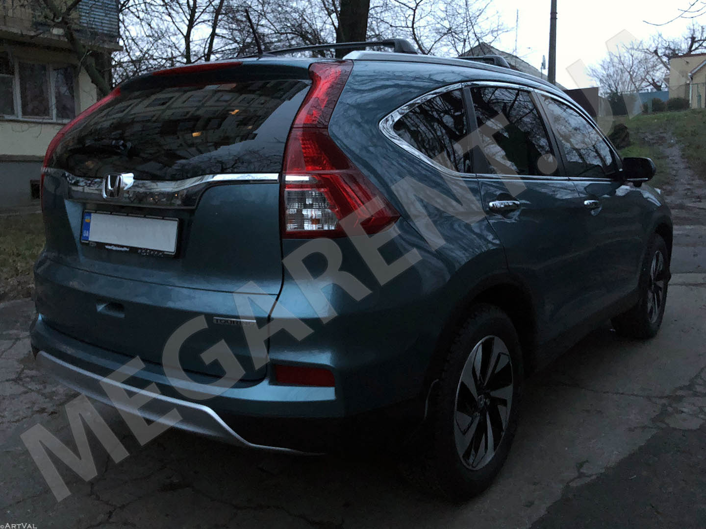 Прокат авто Honda CR-V 2016 Touring в Киеве - фото 4