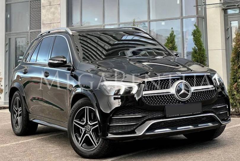Rent a car Mercedes Benz GL-class 2016 in Kyiv - Megarent