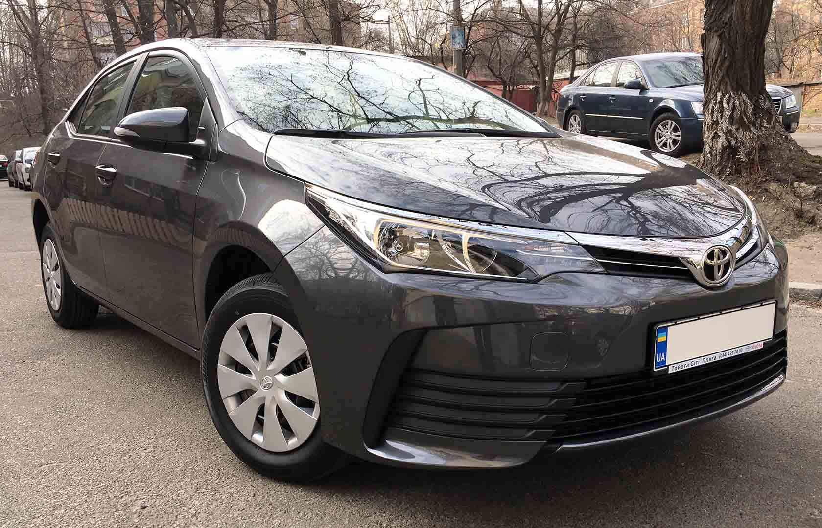 Rent a car Toyota Corolla 2018 in Kyiv - Megarent