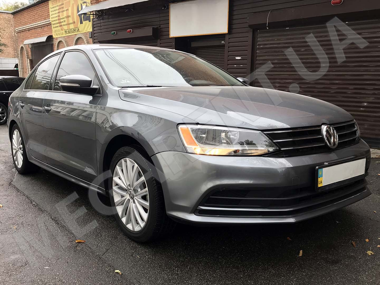 Rent a car Volkswagen Jetta 2015 in Kyiv - Megarent