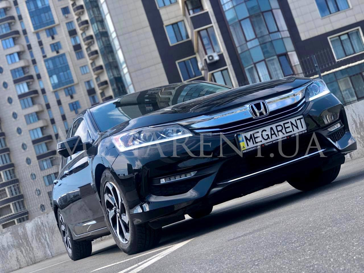 Rent a car Honda Accord 2016 in Kyiv - Megarent