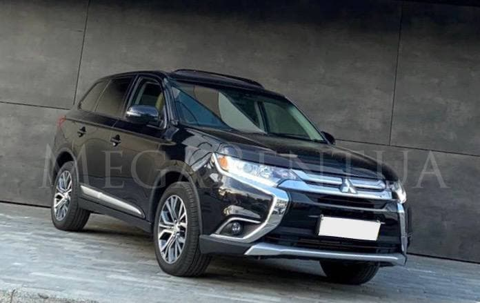Car rental Mitsubishi Outlander 7 мест 2018 in Kyiv - photo 1