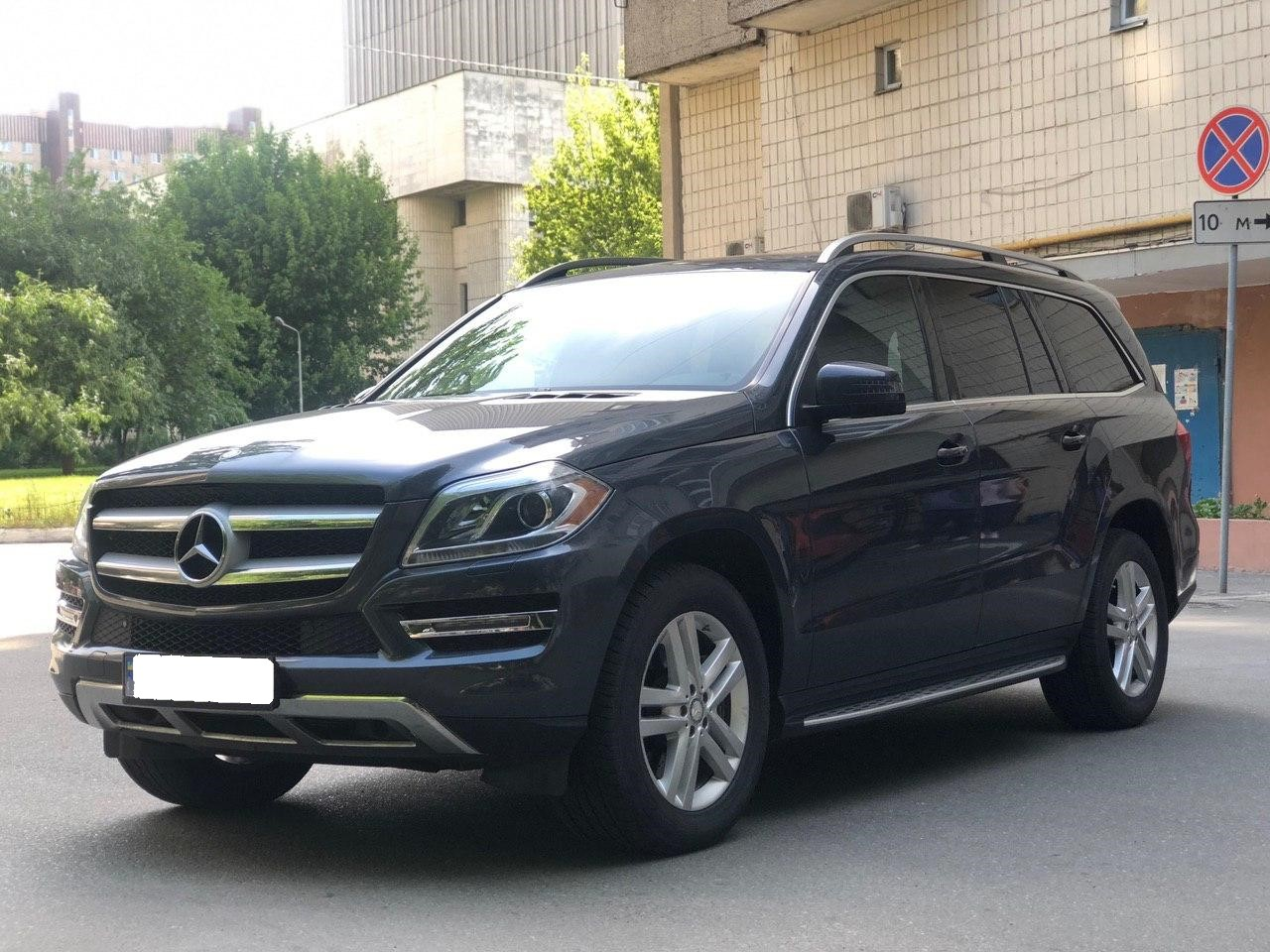 Car rental Mercedes-Benz GL 450 4MATIC in Kyiv - photo 1