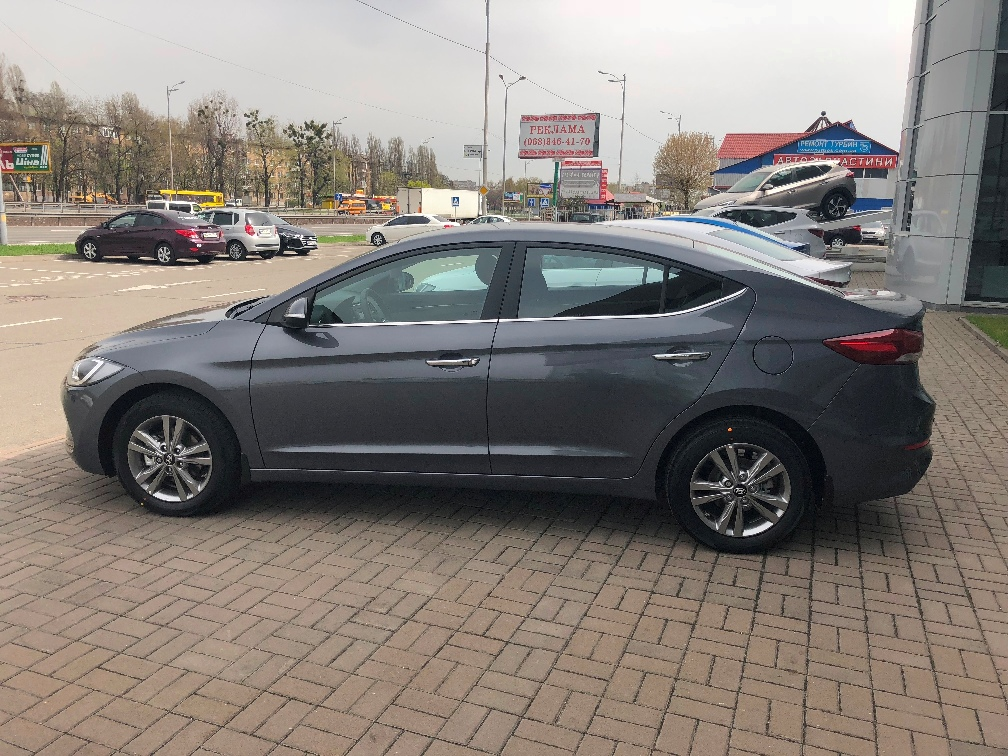 Car rental Hyundai Elantra 2018 in Kyiv - photo 7