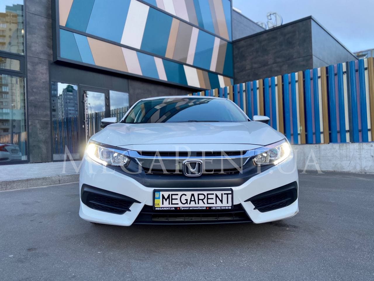Прокат авто Honda Civic 2017 в Киеве - фото 2