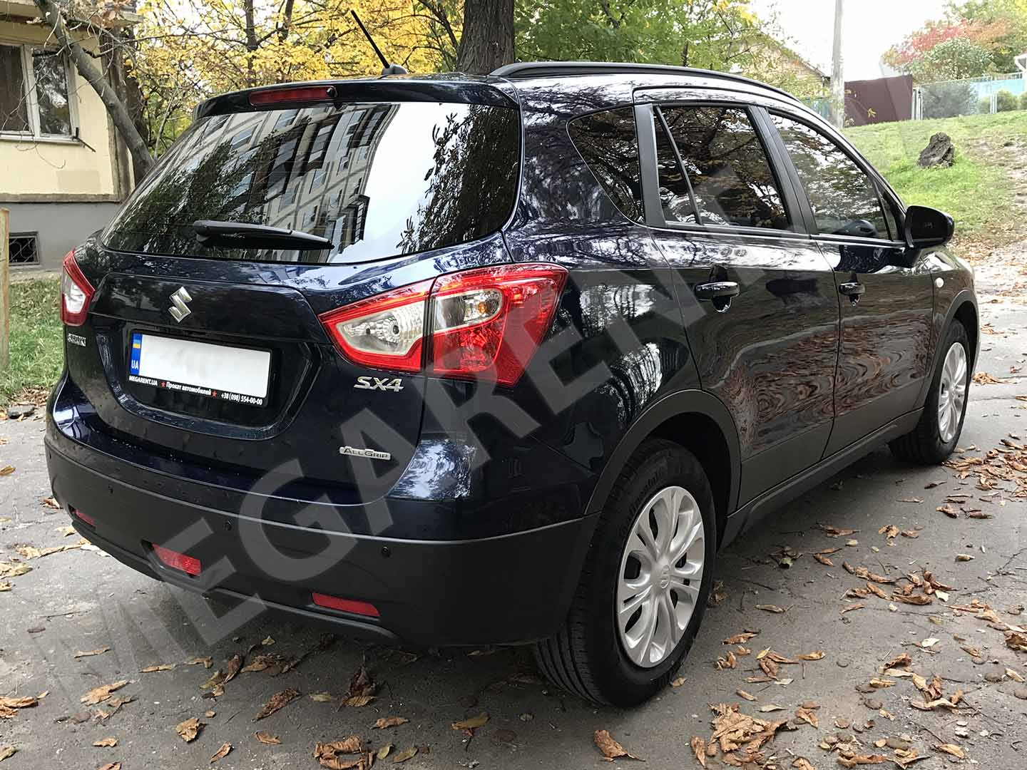 Car rental Suzuki SX4 2017 in Kyiv - photo 4