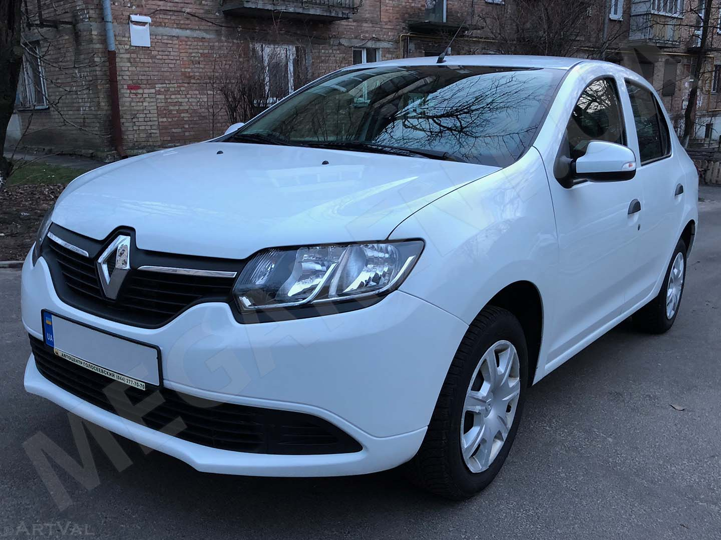 Car rental Renault Logan 2014 in Kyiv - photo 2
