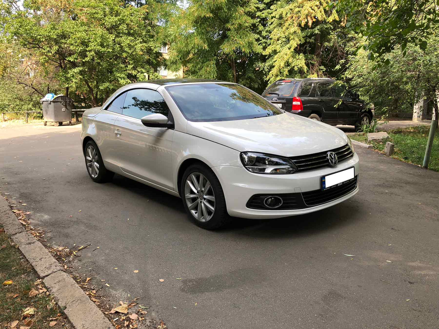 Car rental Volkswagen Eos in Kyiv - photo 8