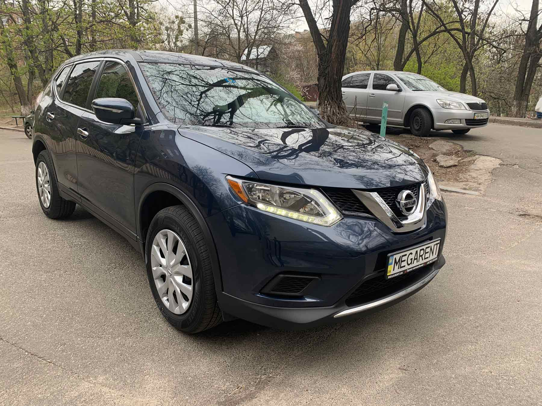 Car rental NISSAN X Trail 2016 in Kyiv - photo 4