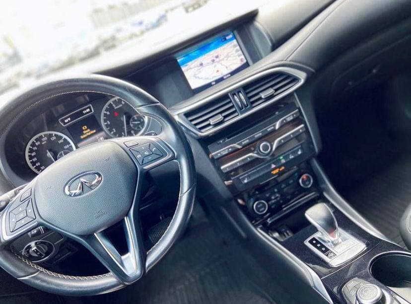 Car rental Infinity QX30 2016 in Kyiv - photo 4