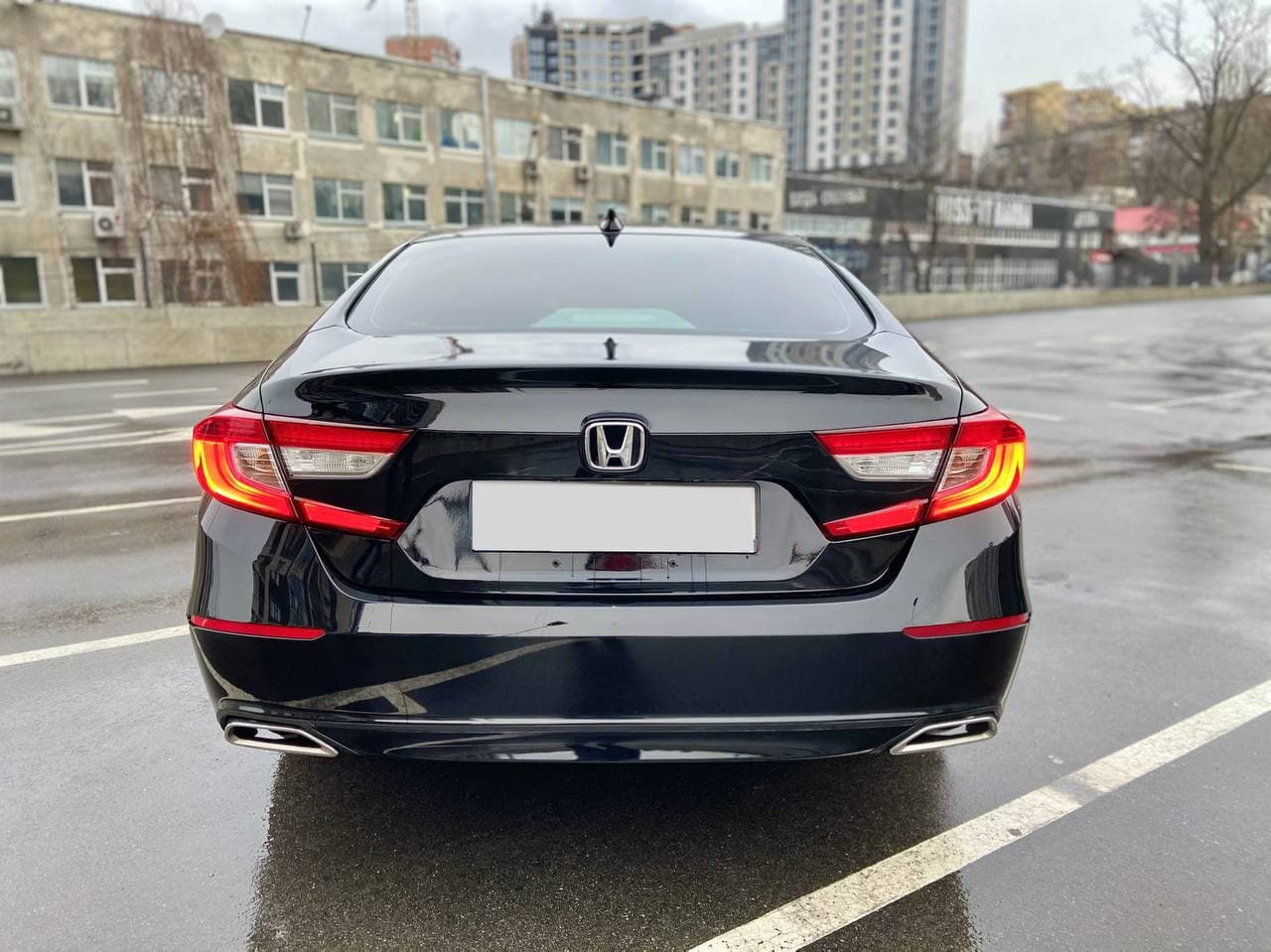 Car rental HONDA ACORD 2018 in Kyiv - photo 4