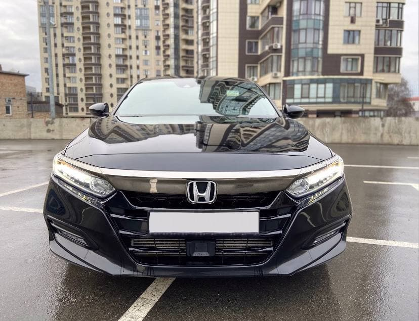 Car rental HONDA ACORD 2018 in Kyiv - photo 5