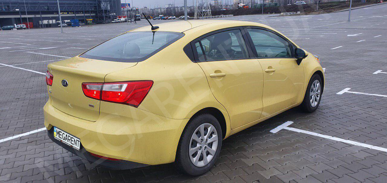 Car rental Kia Rio 2013 in Kyiv - photo 5