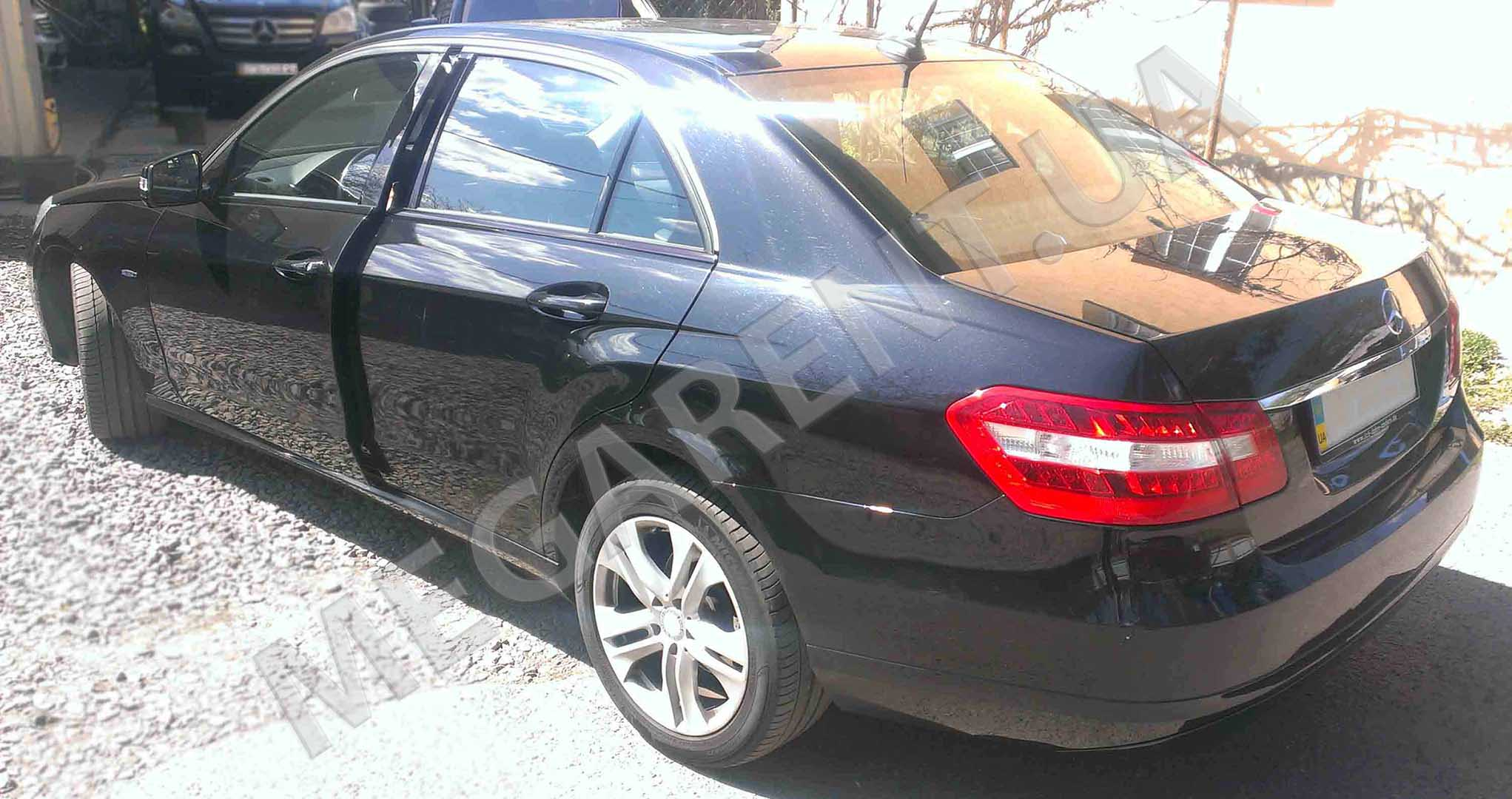 Car rental Mercedes E-class W212 2012 in Kiev - photo 4