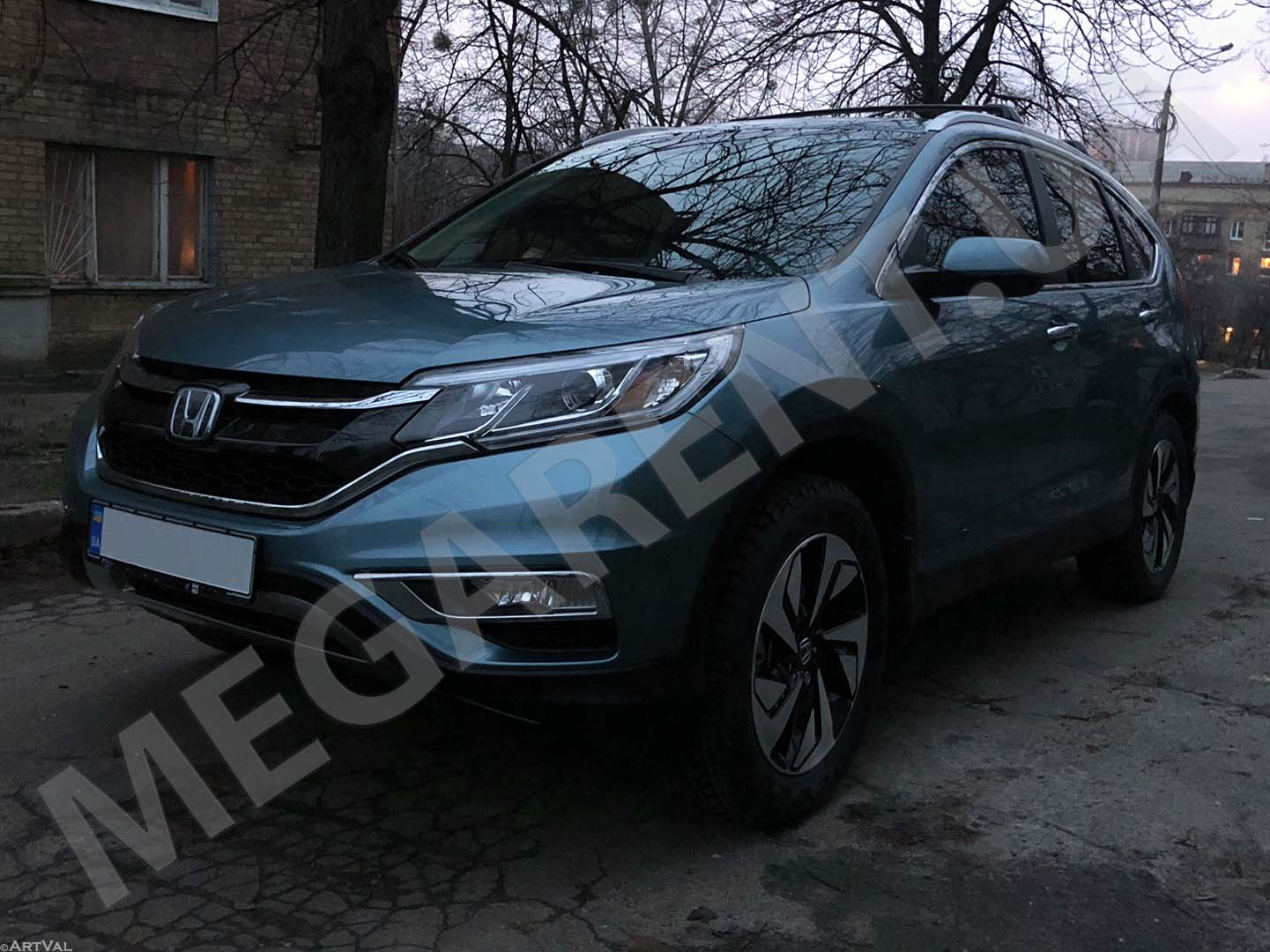 Car rental Honda CR-V 2016 Touring in Kyiv - photo 2