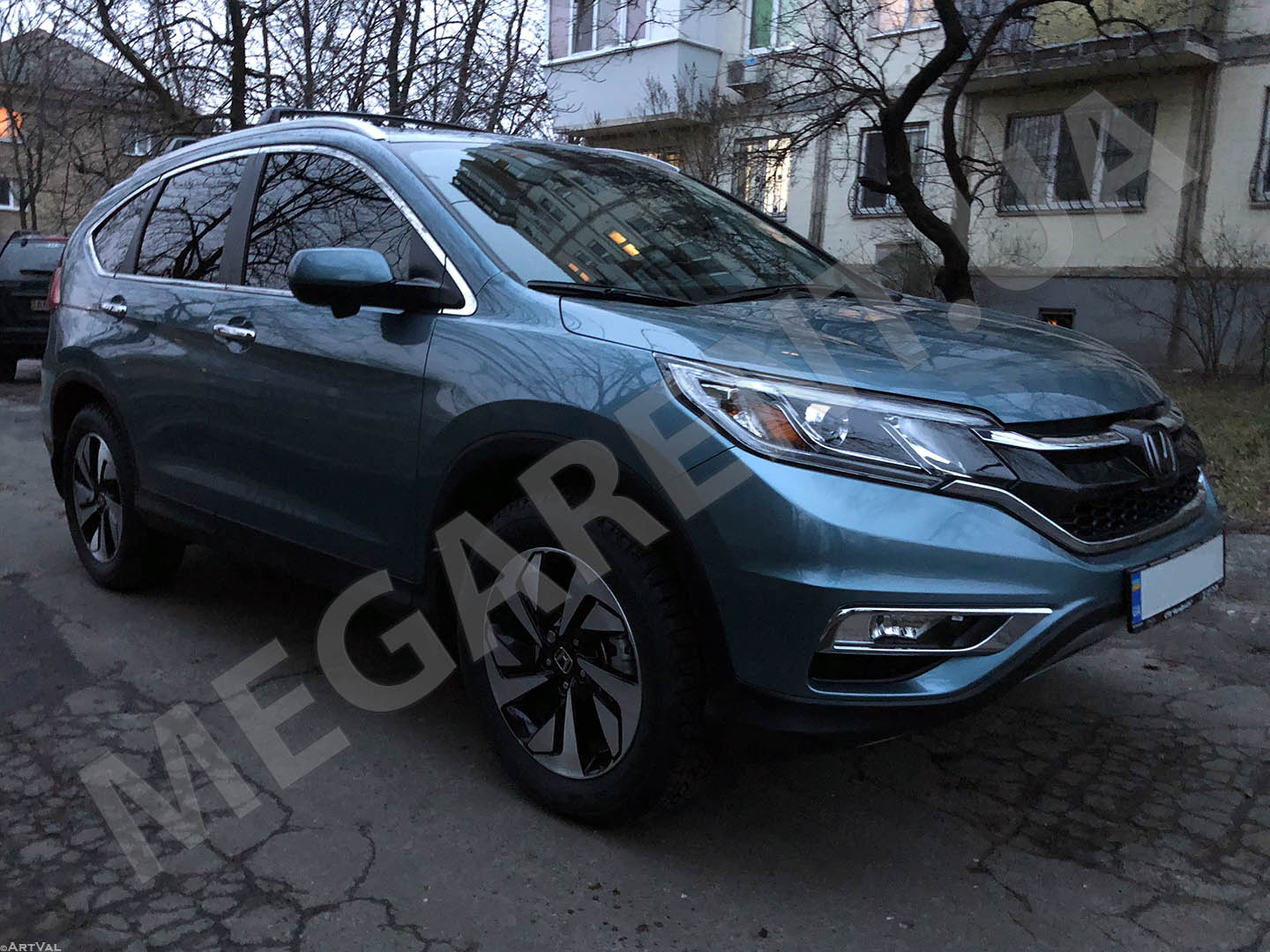 Car rental Honda CR-V 2016 Touring in Kyiv - photo 3
