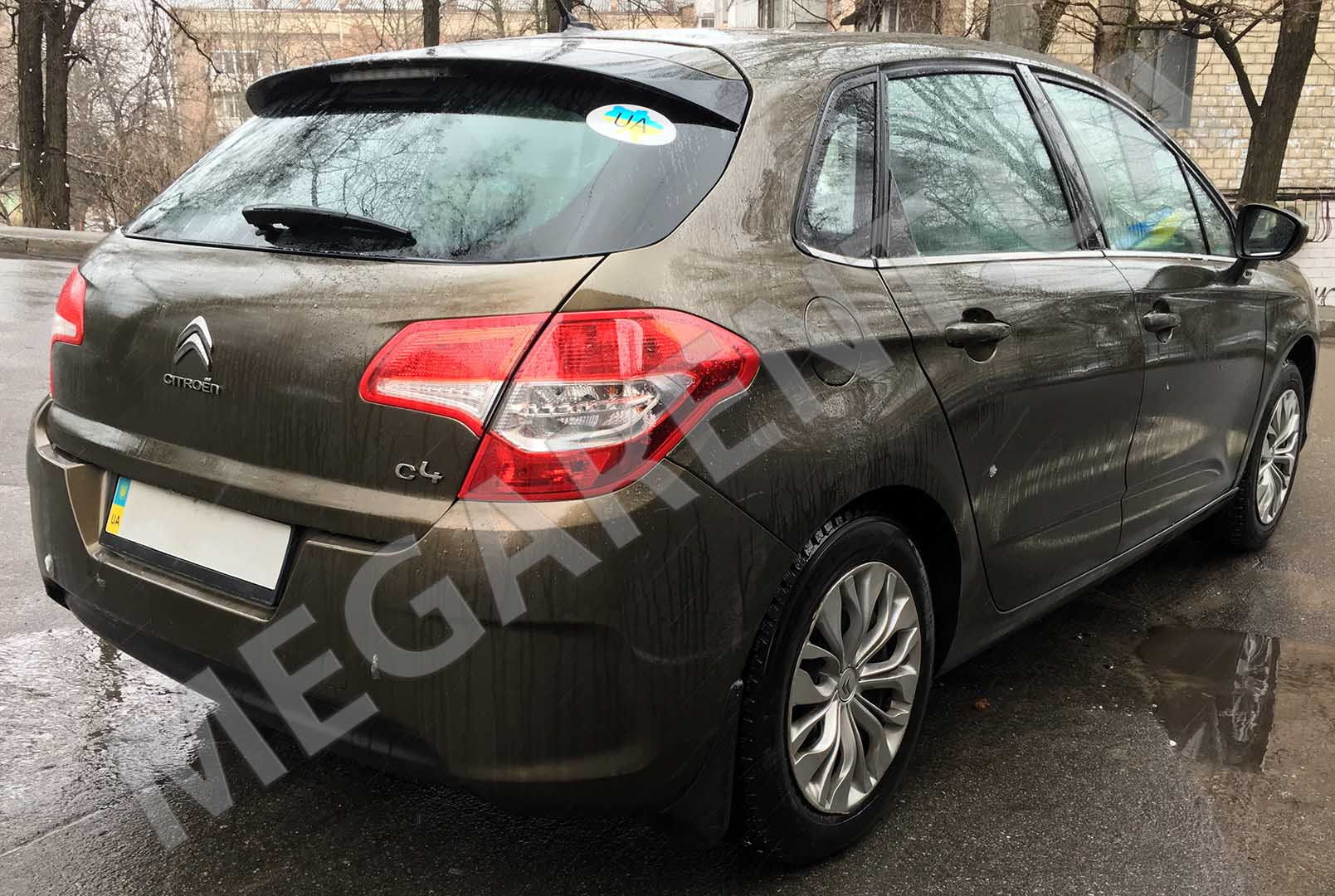 Car rental Citroen C4 2012 in Kiev - photo 4