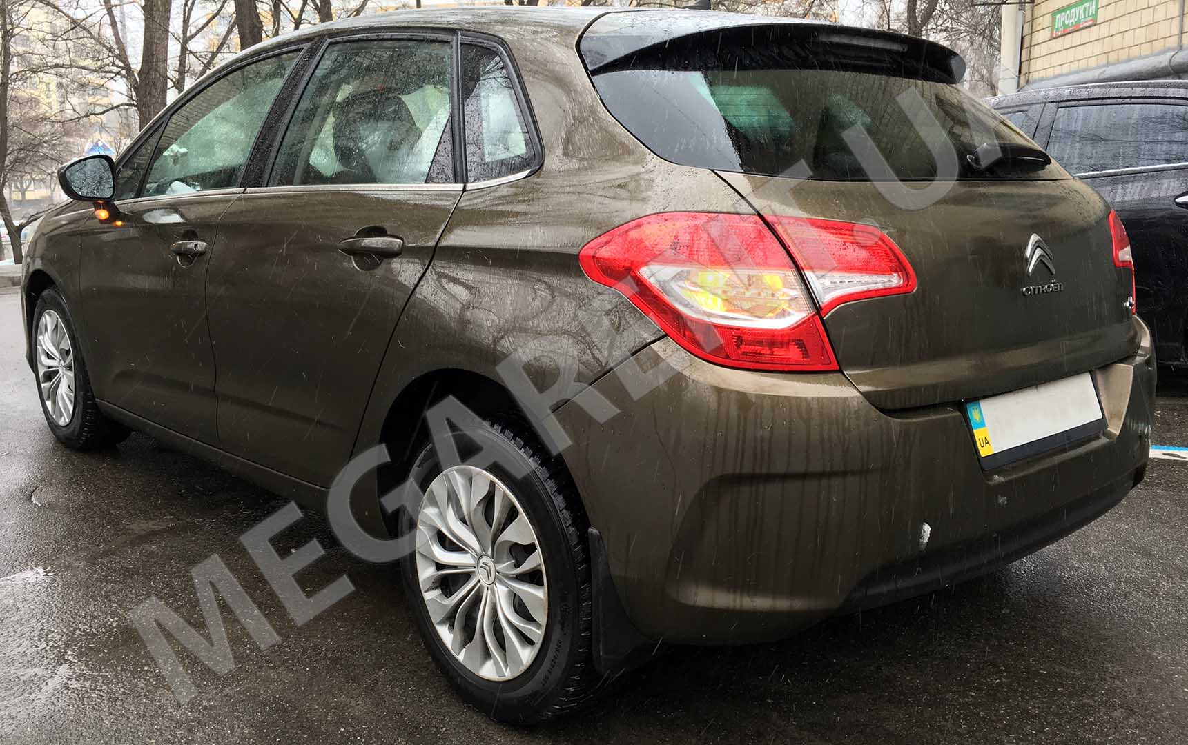 Car rental Citroen C4 2012 in Kiev - photo 5