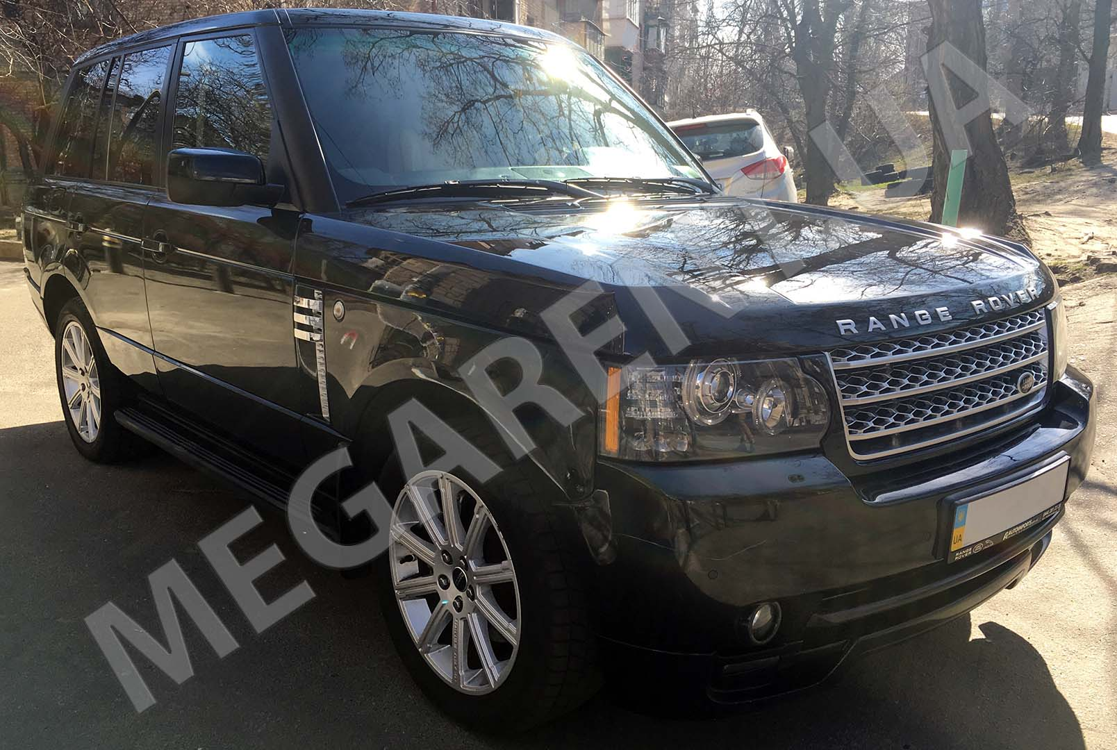 Car rental Land Rover Range Rover Vogue in Kiev - photo 3